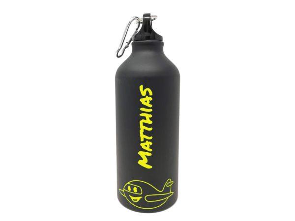Trinkflasche schwarz mit gelber Gravur