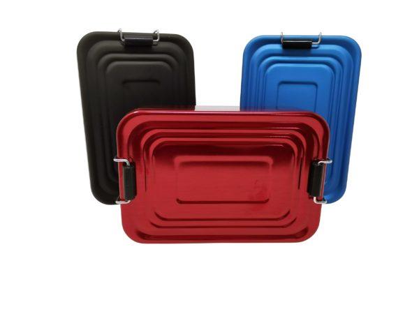 Brotzeitdose Metall mit Gravur stehend schwarz blau rot