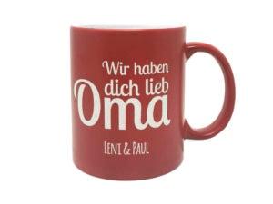 Personalisierte Tasse mit Gravur rot für Oma